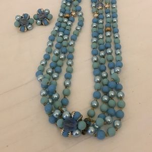 Vintage 4 strand necklace set & clip on earrings